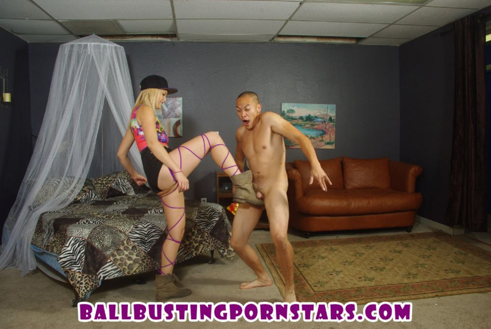 Skylar Madison In Scene: Blonde Raver Girl Ballbusting and Cuckolding - BALLBUSTINGPORNSTARS - HD/720p/WMV