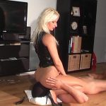Kelly Kalashnik In Scene: IN LOVE WITH MY PANTYHOSE – FACESITTING-QUEEN – SD/576p/WMV