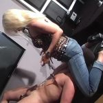 Kelly Kalashnik In Scene: BREATHE TROUGH MY JEANS – FACESITTING-QUEEN – SD/576p/WMV