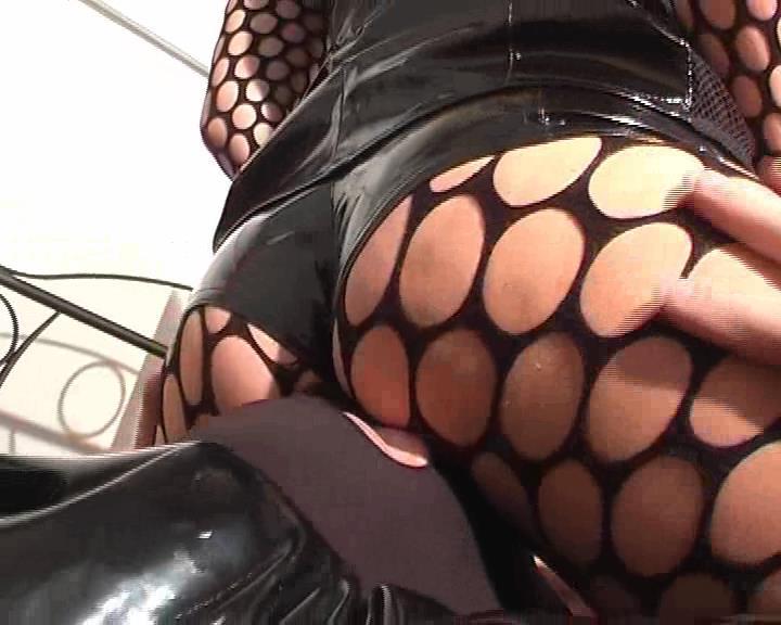 Kelly Kalashnik In Scene: BLACK PVC & ORGASM - FACESITTING-QUEEN - SD/576p/WMV