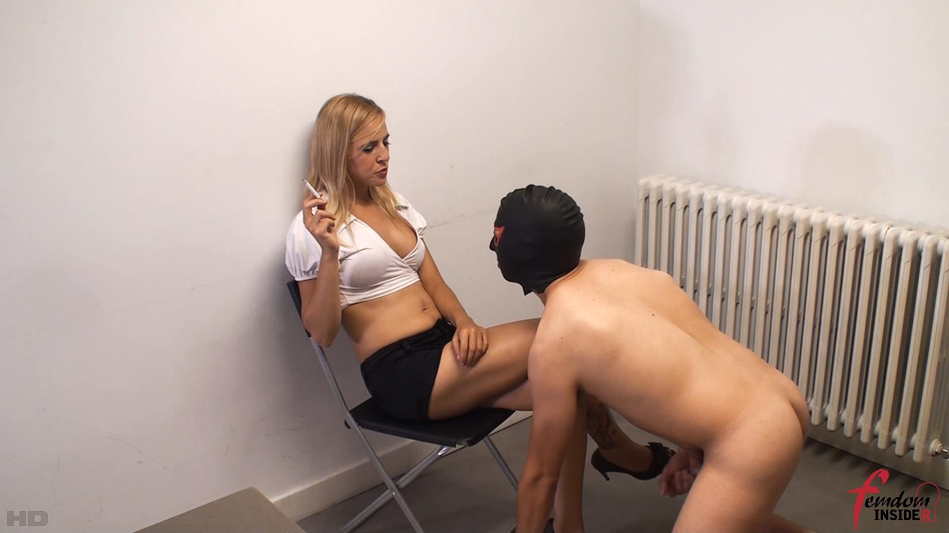 Miss Lesly In Scene: Ashtray Slave's Delight - FEMDOMINSIDER - FULL HD/1080p/WMV