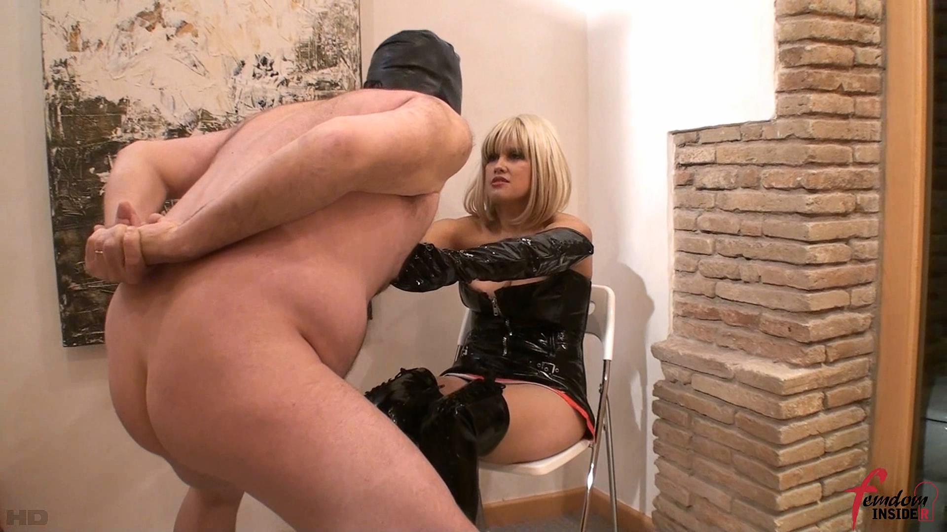 Mistress Karen In Scene: Mistress Karen Destroys Balls - FEMDOMINSIDER - FULL HD/1080p/WMV