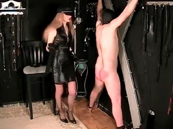 Mistress In Scene: Domina punishing her suspended slave with paddles, whips and the crop - FEMDOMLOFT - SD/480p/MP4