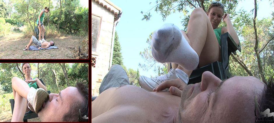 Mistress Lydie In Scene: Footslave humiliation - FOOTFETISHATTITUDE - SD/576p/WMV