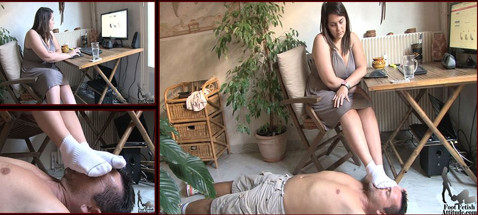 Mistress Lea In Scene: Human footstool and smelling - FOOTFETISHATTITUDE - SD/576p/WMV