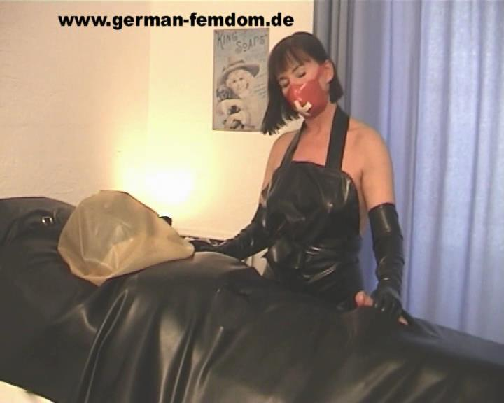 Clinic Patient - GERMAN-FEMDOM - SD/576p/WMV