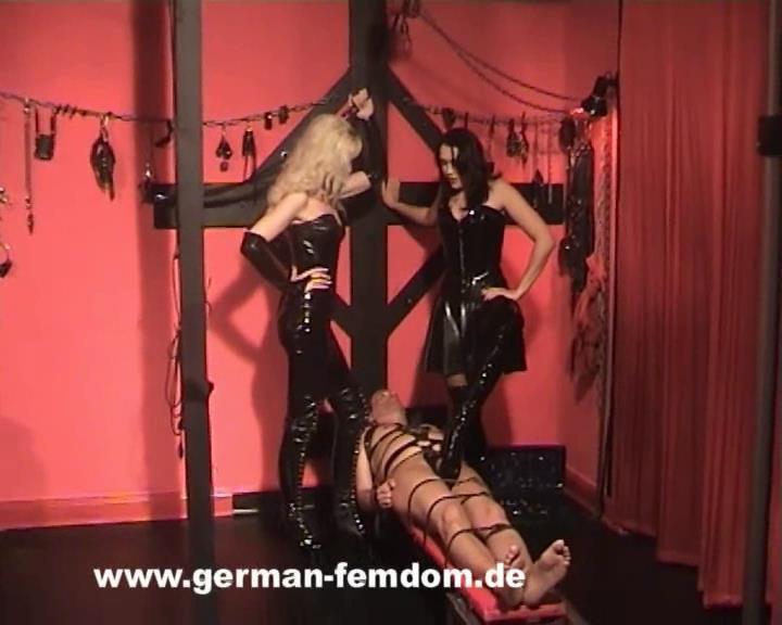 Preparing a slave - GERMAN-FEMDOM - SD/576p/WMV