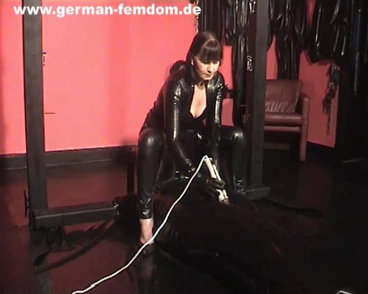 Rubber games - GERMAN-FEMDOM - SD/576p/WMV