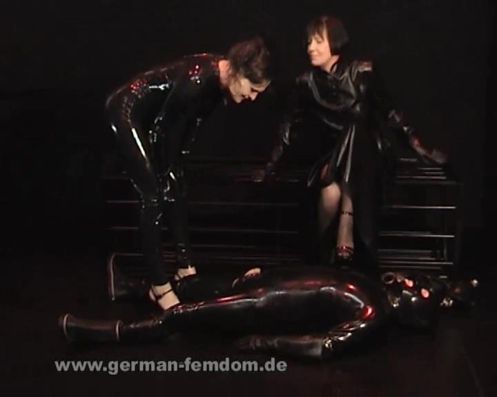 Black Rubber - GERMAN-FEMDOM - SD/576p/WMV