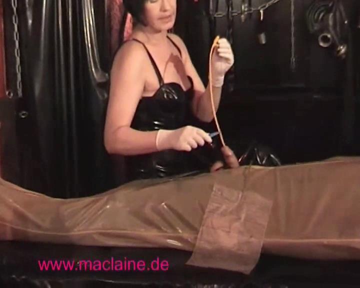 Scarlett's Visit - GERMAN-FEMDOM - SD/576p/WMV