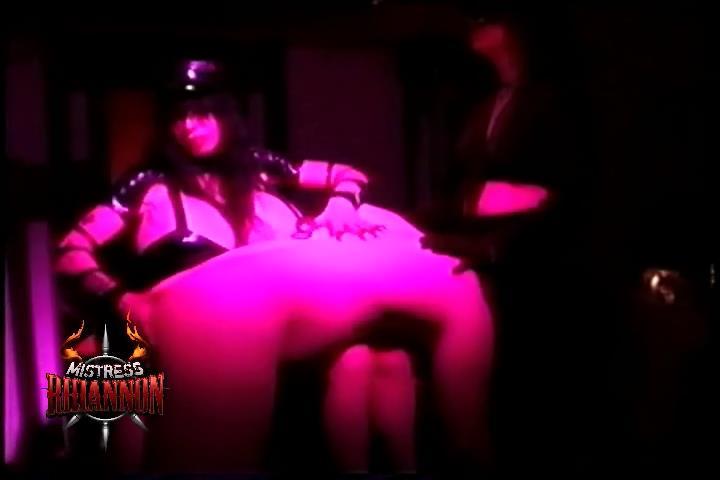 Mistress Rhiannon In Scene: Strapped And Pissed Part 1 - MISTRESSRHIANNON / RHIANNONXXX - SD/480p/WMV