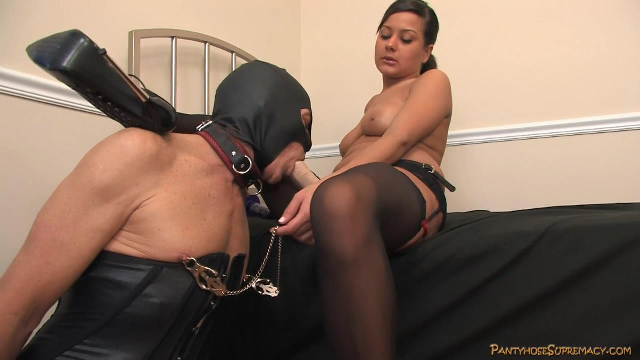 Mistress Kiss In Scene: Her Slave To Fuck Part 1 of 3 - PANTYHOSESUPREMACY - HD/720p/MP4