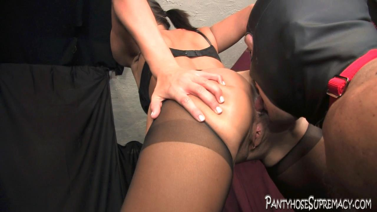 Mistress Kiss In Scene: Kiss On Top Part 2 of 5 - PANTYHOSESUPREMACY - HD/720p/MP4