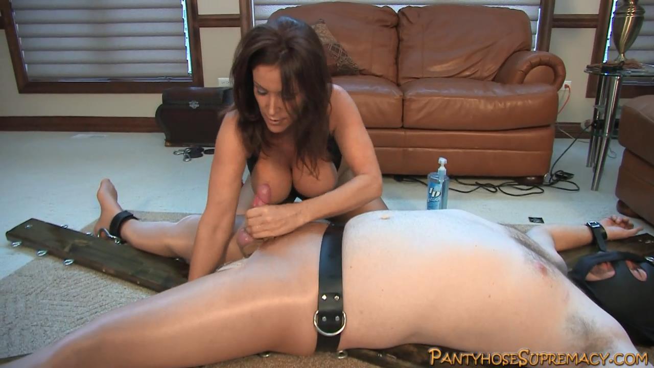 Mistress Rachel Steele In Scene: Rachael Steele Pantyhose Punishment Part 6 of 7 - PANTYHOSESUPREMACY - HD/720p/MP4