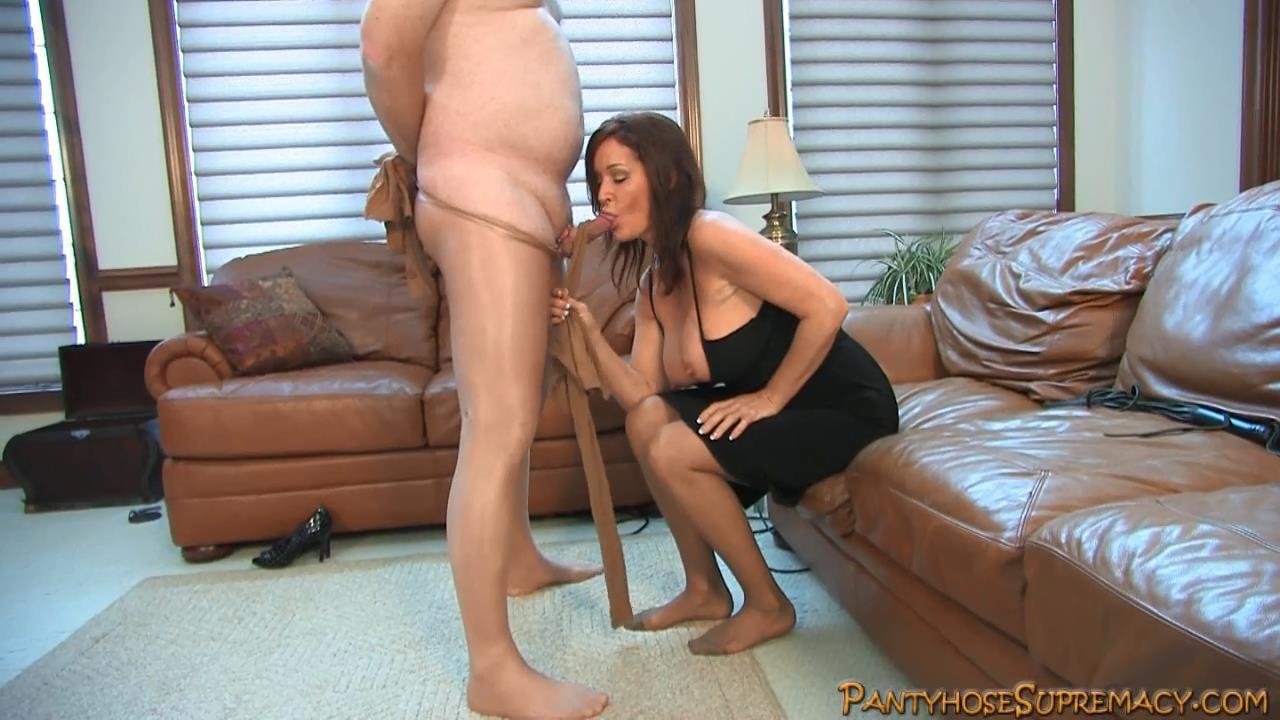 Mistress Rachel Steele In Scene: Rachael Steele Pantyhose Punishment Part 3 of 7 - PANTYHOSESUPREMACY - HD/720p/MP4