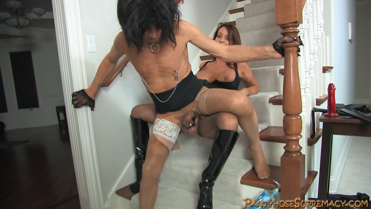 Mistress Rachel Steele In Scene: Stairway Slut Part 3 of 3 - PANTYHOSESUPREMACY - HD/720p/MP4