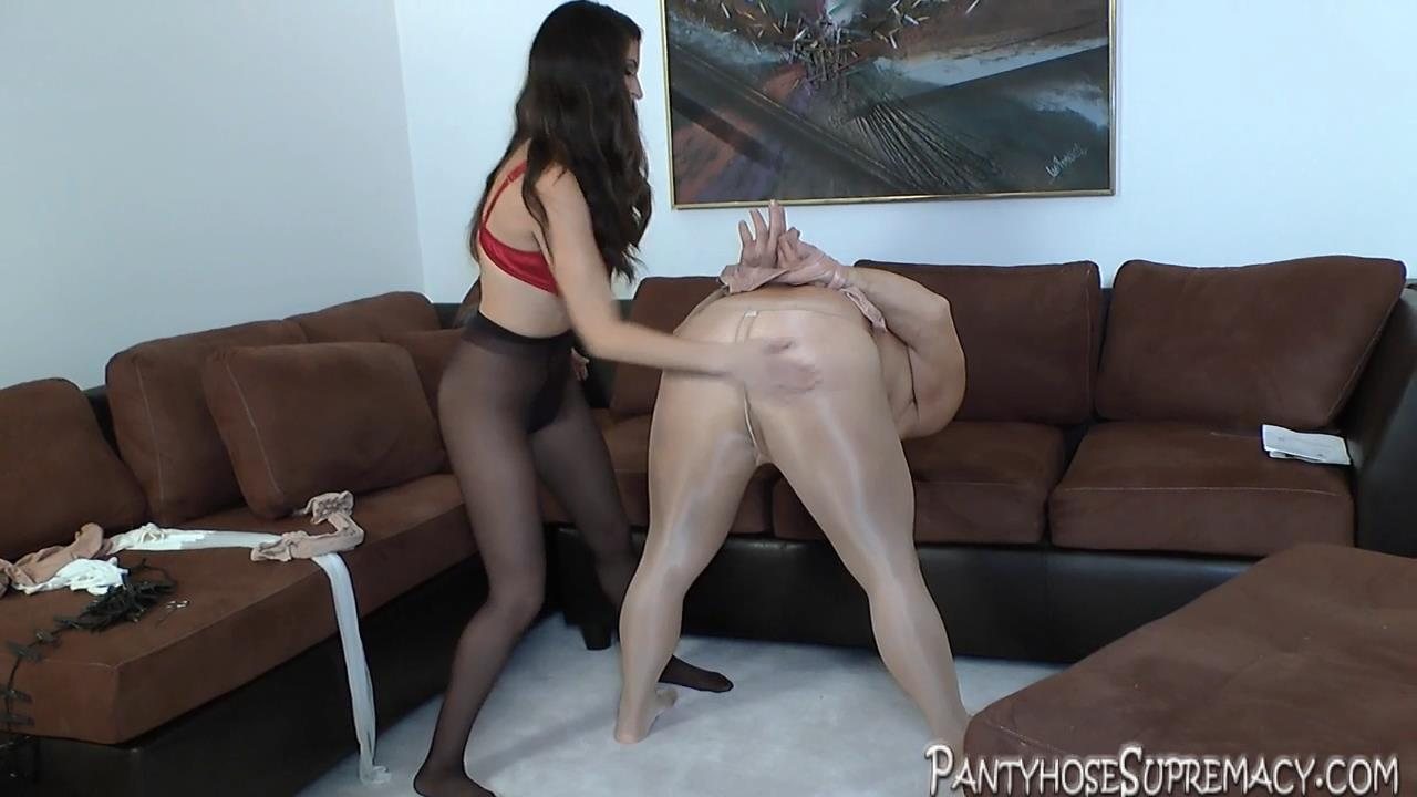 Mistress Athena In Scene: Her Pantyhose Pony Part 2 of 3 - PANTYHOSESUPREMACY - HD/720p/MP4