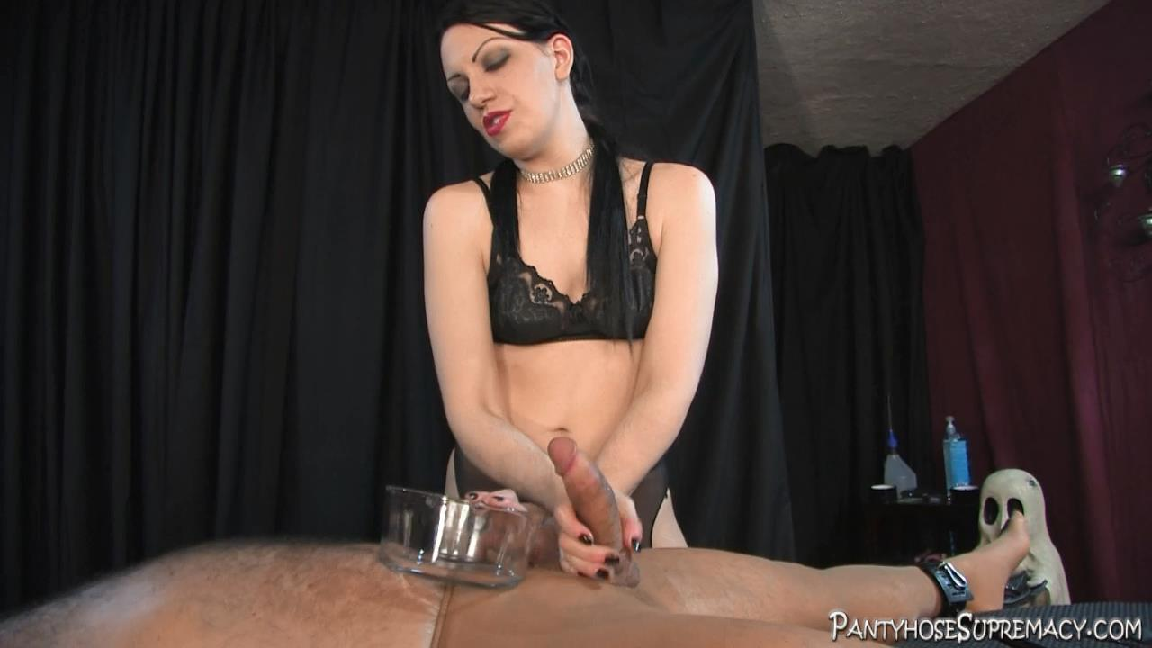 Mistress Danielle In Scene: The Milking Game Part 3 of 3 - PANTYHOSESUPREMACY - HD/720p/MP4