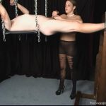Mistress Sarah In Scene: Tongue and Tickle – PANTYHOSESUPREMACY – SD/480p/MP4