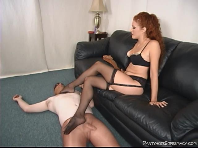 Mistress Sabrina In Scene: Beneath Sabrina - PANTYHOSESUPREMACY - SD/480p/MP4