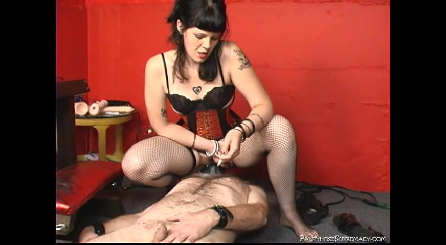 Mistress Isobel In Scene: Three In The Hole - PANTYHOSESUPREMACY - SD/480p/MP4