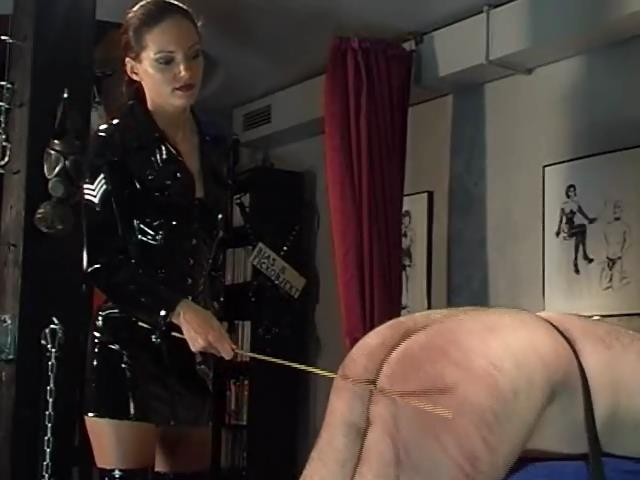 LADY SAPHIRA In Scene: BLACK MAGIC. HARD FEMDOM GAMES - SADOBEAUTIES - SD/480p/WMV