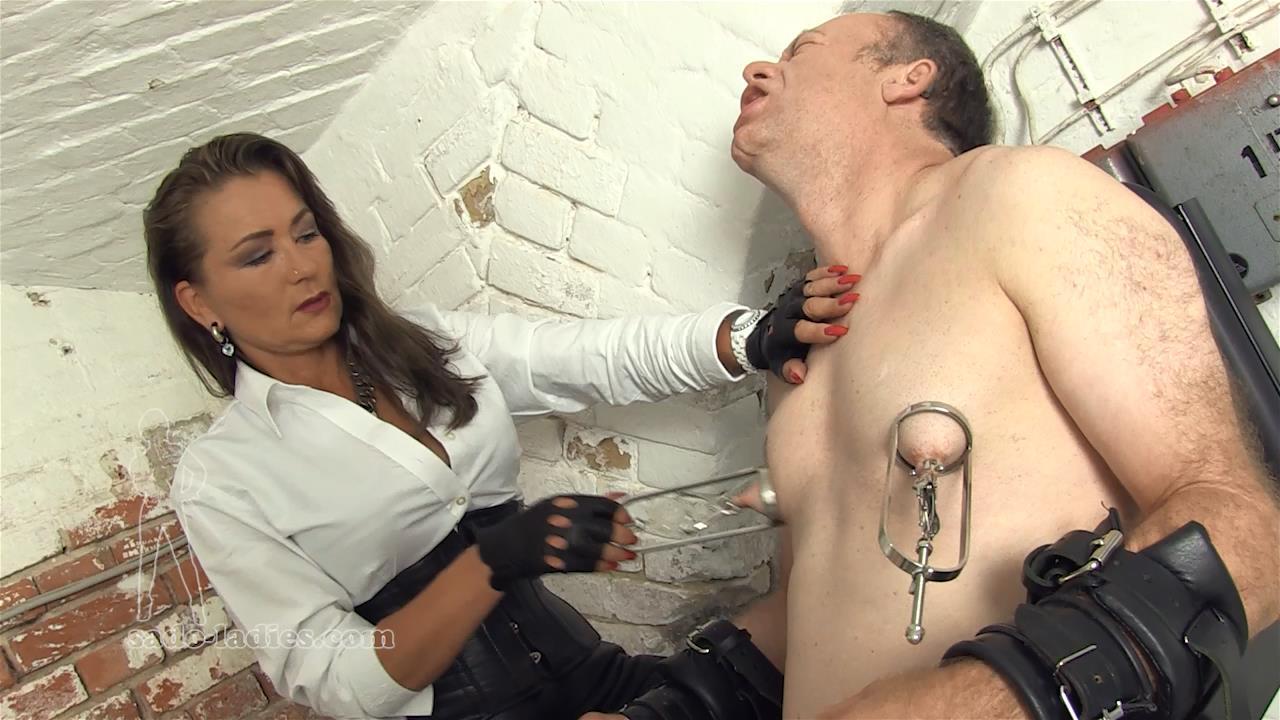 Lady Pascal In Scene: Extreme Nipple Pain - SADO-LADIES - HD/720p/MP4