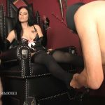 Mistress Blackdiamoond In Scene: Young Goddess – SADO-LADIES – HD/720p/MP4