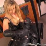 Mistress Anna Regent In Scene: Smoking In Leather – THEENGLISHMANSION – SD/480p/WMV