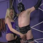 Mistress Sidonia In Scene: Spider's Web Toy – THEENGLISHMANSION – SD/480p/WMV