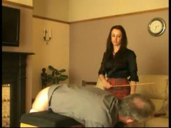 Mistress In Scene: Domestic disciplinarian puts her naughty slave on his stomach to be disciplined with various instruments of her choice - WOMENWHOPUNISH - LQ/240p/MP4