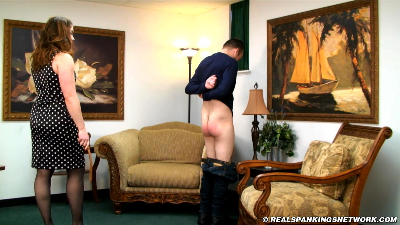 Miss Betty, Travis In Scene: Travis is Punished by Miss Betty - WOMEN-SPANKING-MEN - HD/720p/MP4