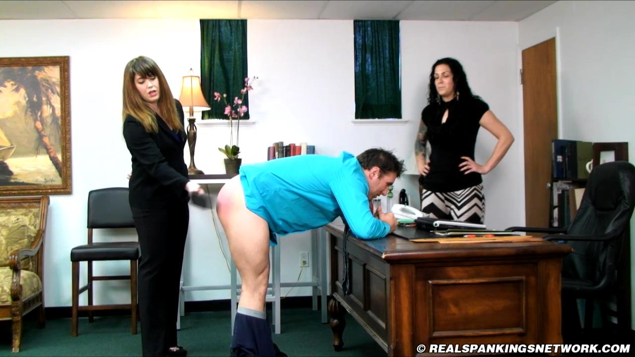 Jordyn, Miss Betty, Taylor In Scene: Taylor Sends a Scandalous Email - WOMEN-SPANKING-MEN - HD/720p/MP4