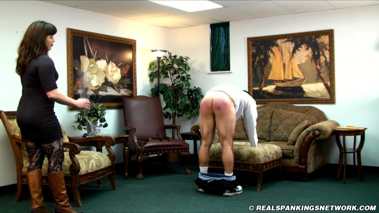 Miss Betty, Bruce In Scene: Betty Spanks Bruce for the First Time on Camera - WOMEN-SPANKING-MEN - HD/720p/MP4