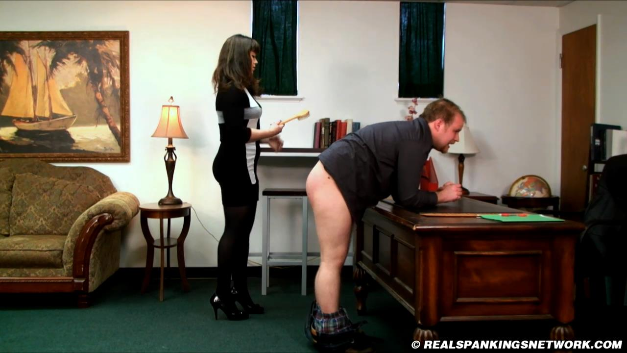 Miss Betty, Austin In Scene: Austin Real Discipline - WOMEN-SPANKING-MEN - HD/720p/MP4