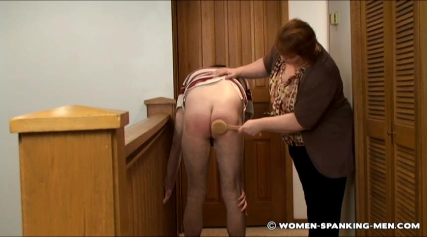 Brian, Miss Kay In Scene: Brian Confronted in the Hallway - WOMEN-SPANKING-MEN - SD/472p/RAM
