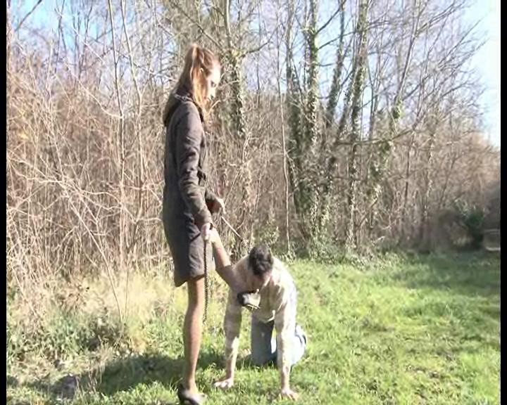 Mistress Maeva In Scene: Shoes cleaning for a pony slave - FOOTFETISHATTITUDE - SD/576p/WMV