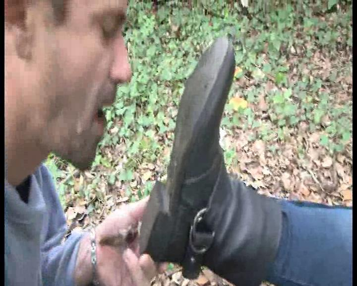 Mistress Lea In Scene: Disgusting flat boot cleaning - FOOTFETISHATTITUDE - SD/576p/WMV