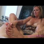 Kelly Anderson In Scene: Leopard Print Polish Footjob – KELLYSFOOTFETISH – SD/480p/WMV