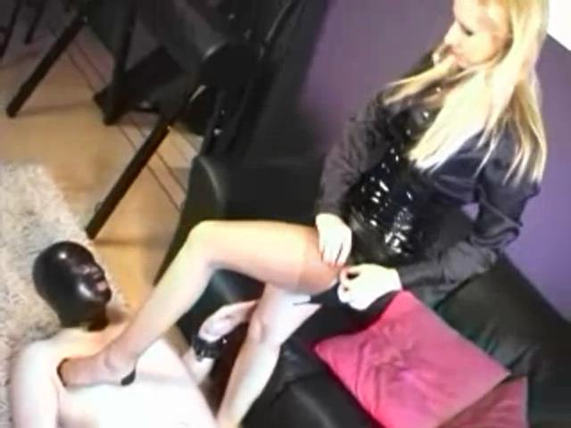 MISTRESS KELLY 1 - TRAMPLE-AMSTERDAM - SD/480p/MP4