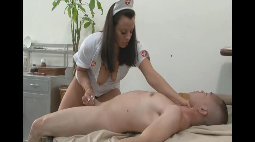 Kendra Starr In Scene: The Ballbusting Nurse - BALLBUSTINGPORNSTARS - SD/480p/WMV