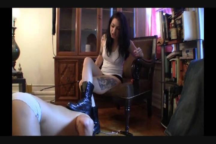 Cybill Troy In Scene: Lick the Dirt From the Bottom of My Combat Boots - CYBILLTROY - SD/480p/MPG