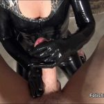 Fetish Liza In Scene: Glovejob in latex catsuit – FETISHLIZA – HD/720p/MP4