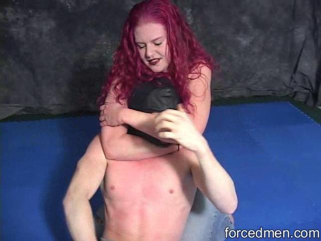 Mistress Hateria In Scene: Hateria's strength - FORCEDMEN - SD/480p/WMV