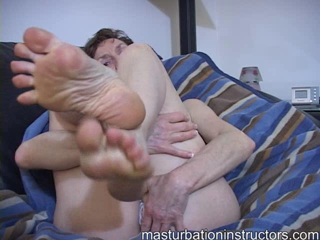 LadyM In Scene: Worship my old perfect feet and cum - MASTURBATIONINSTRUCTORS - SD/480p/WMV