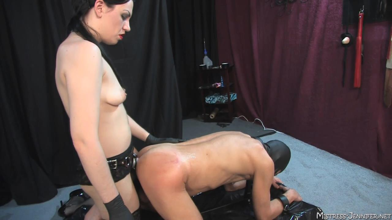 Mistress Danielle In Scene: Bad Things Happen Full - MISTRESS-JENNIFER - HD/720p/MP4