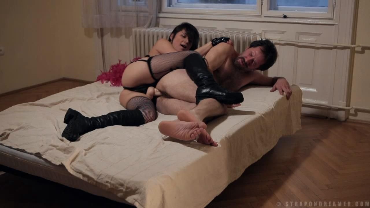 Life of a Young Strapon Mistress - I keep my husband as a slave - STRAPONDREAMER - HD/720p/MP4