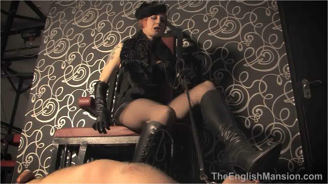 Domina Liza In Scene: Vintage Mistress Worship - THEENGLISHMANSION - HD/720p/WMV