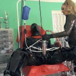 Mistress Sidonia In Scene: Super Suction Suit – THEENGLISHMANSION – HD/720p/WMV