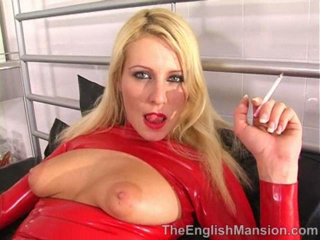 Lady Natalie Black In Scene: Natalie's Smoke - THEENGLISHMANSION - SD/480p/WMV